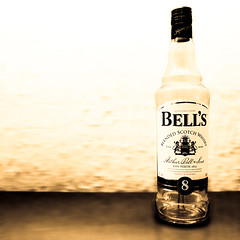 Bell's 8 [empty] (Stefan Elf) Tags: bells bottle empty whiskey 101 whisky 1735mmf28d ohno malt nikond200 10faves blendedscotchwhisky nikkor1735mmf28 bells8