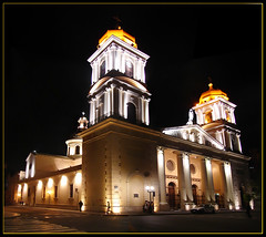 Santo Domingo de 1884 (Chechi Pe) Tags: light luz church night luces noche cathedral domingo santo chechi noa tucuman nocturno 1884 sonydsch1 franciscano chechipe ibeauty