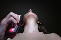Day #141 - Perfume (sosij) Tags: selfportrait neck perfume diesel 365 day141 patricksskind perfumethestoryofamurderer itsgonnabeasmellyweekfolks dontswitchoffyoursets
