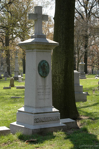 Grave of Maximilian Schneiderhahn