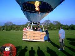IMAG0224 (yxxxx2003) Tags: new blue red hot green air baloon ballon balloon milton keynes mk yello 2007 balon olney hotairballon yxxxx
