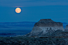 moonrise on Pawnee (inate) Tags: colorado greatplains abw naturesfinest pawneenationalgrassland beautifulearth blueribbonwinner publicland myland outstandingshots specland abigfave karmapotd karmapotw anawesomeshot yourland