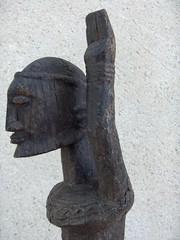 Cavaliers africains 011 (Guillaume Cingal) Tags: africa wood horses sculpture tours loire chteau bois riders chevaux afrique cavaliers touraine baoul