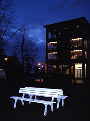 """Resting"" place (Nyidia) Tags: city white building contrast germany bench lights luces banco ciudad nigth kassel nyidia"