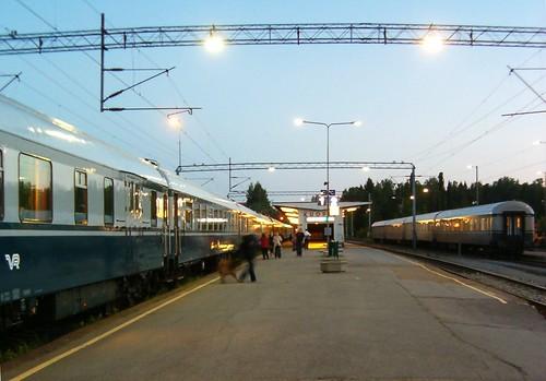 HPIM11687. Kuopion asemalla