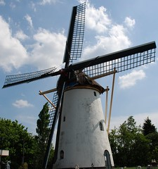 Windmill Zeezicht, Nieuwenhoorn, the Netherlands (Miek37) Tags: white netherlands windmill dutch architecture geotagged molen zeezicht nieuwenhoorn 123nl impressedbeauty geo:lat=5184881 geo:lon=4139418