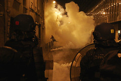 (Nocturnales) Tags: street 6 paris france french president politics may streetphotography presidential demonstration mai elections rue riots bastille sarkozy manifestation protestors 2007 placedelabastille meutes manifestants rioters meutiers manisfestants mikaelmarguerie