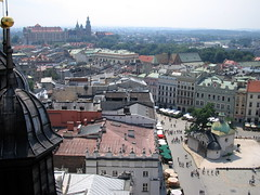 View from the Tower of St. Mary's Basilica (marekbz) Tags: tower geotagged view poland polska kraków cracow sukiennice stmarysbasilica rynekgłówny wieża hejnał bazylikamariackakrakow mainmarkedsquare