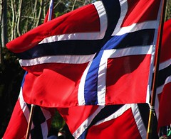 17th May (trondjs) Tags: blue red white norway canon norge spring zoom flag flags getty norwegianflag 17mai asker syttendemai may17th norwegianconstitutionday s3is norwegianflags rdthvittogbltt norskflagg trondjs janslkka 18140517 norskeflagg