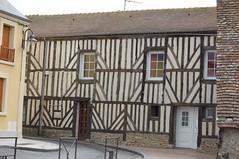 La place du march 6 (sylviedjinn 14) Tags: 14 normandie calvados halftimbered fachwerk colombages fachwerkhaus fachwerkhuser divessurmer pansdebois