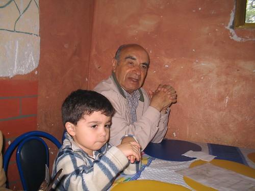 El Abuelo y su gemelo en las gemelas