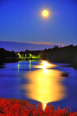 Beautiful moonlight (Henri Bonell) Tags: bridge blue moon water yellow river streetlight fullmoon moonlight pedestrianbridge peopleschoice naturesfinest instantfave abigfave anawesomeshot superaplus aplusphoto henribonell superbmasterpiece firsttheearth goldenphotographer diamondclassphotographer superhearts searchandreward
