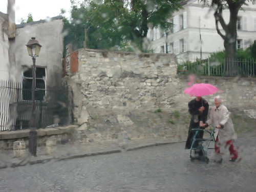 Raining at Butte Montmartre-10