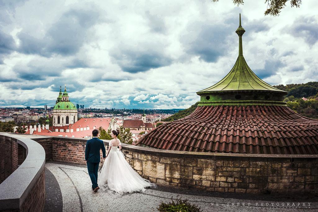 布拉格捷克歐洲天文鐘天鵝查理大橋海外婚紗海外旅拍-03.jpg