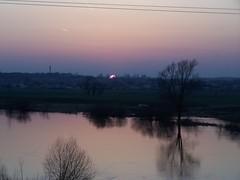 2007_03_25__190702 (kwiecien03b) Tags: sunset march zachd marzec wiadukt srem rem