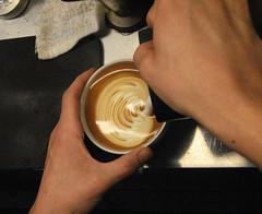 Mid-Pour, 7.5oz Latte