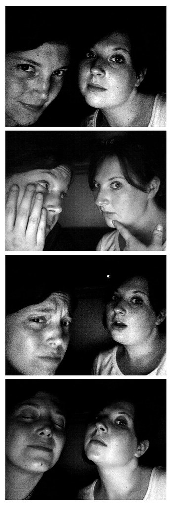 Fauxtobooth: Hilary & Lillian