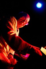JEAN-JACQUES PERREY - Live at the Knitting Factory (Mark Berry - Photographer & Graphic Designer) Tags: california uk france 35mm bristol french photography la us losangeles nikon keyboard eva experimental photographer tour designer famous livemusic personality pop hollywood electronicmusic cult electro writer electronic infamous moog based synthesiser theknittingfactory electropop newalbum jeanjacquesperrey europop fanculture markberry danacountryman hotcherry cultpersonalities estoreric wwwhotcherrycouk