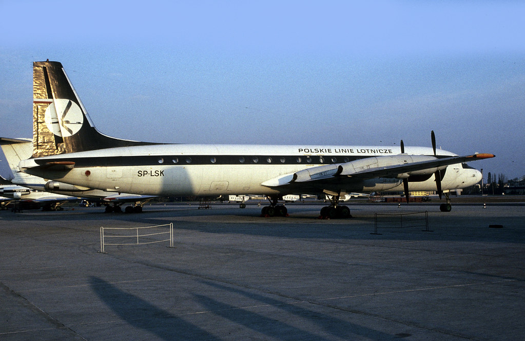Ilyushin Il-18 SP-LSK LOT Warsaw Okecie Airport