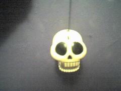 Skeleton (vampire_aixa) Tags: toy goth esqueleto sonrisa juguete calavera gotico morado