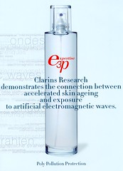 Claims Clarins Expertise 3P spray tegen straling discutabel