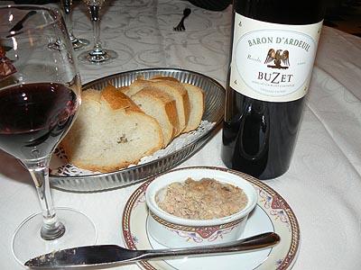 rillettes + pain + buzet hôtel.jpg