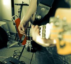 Aron Friðrik with his Fender bass (Siggidóri) Tags: music studio raw nef bass fender recording lightroom electricbass recordingsession bassi adobergb nemendur upptökur hljóðver musicstudents samspil tónlistarskólireykjanesbæjar aronfriðrik