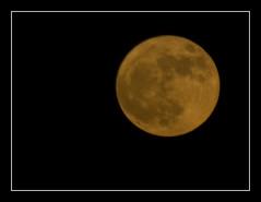 Orange Moon (SMRoncero) Tags: sky orange moon night big luna cielo verano naranja summersolstice ponzo solsticio moonillusion bigmoon ilusiónlunar