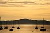 serenidade para o ano que chega... (Ruby Ferreira ®) Tags: hills sunset pôrdosol baía barcos silhuetas silhouettes sky clouds floripasc southofbrazil bay sailboat