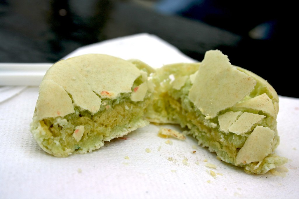 Pistachio Macaron innards