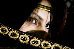 Leo Princess (AL-ZAYER) Tags: portrait black girl scarf bahrain eyes nikon hijab explore arab d200 ahmed burqa fivestars picturecollection nikond200 superaplus aplusphoto diamondclassphotographer flickrdiamond zayer ebaya theunforgettablepictures fivestarsphotograph