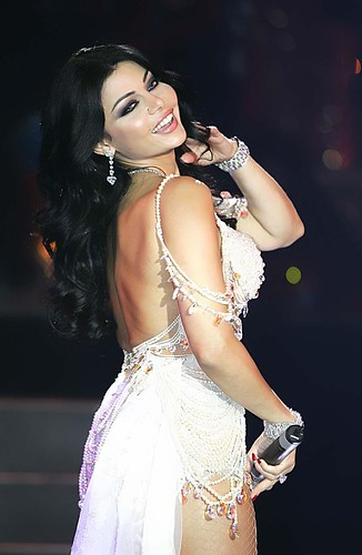Hot Lebanese woman Singer Haifa Wehbe on stage