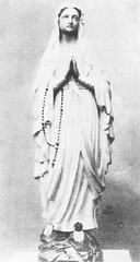 Statue N.D. de Lourdes, Bordeaux