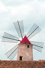 Salt Extraction Wind Mill ( Available for licensing and purchase) (! .  Angela Lobefaro . !) Tags: italien flowers sky bw tree blancoynegro nature windmill leaves sepia clouds landscape interestingness italia nuvole noiretblanc quality patterns topv222 explore ciel cielo nubes 100views sicily 200views nuages frontpage saline 200v idyllic topf10 italie sicilia biancoenero mulino italians 2007 topv200 trapani isola v200 blancetnoir sizilien sicilie 1025faves explored schwarzundweiss i500 siepa 123bw natuzzi biancoynegro holidaysvacanzeurlaub angiereal angelamlobefaro riproduzioneriservata