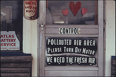 Public Domain: EPA Documerica: Polluted Air Si...
