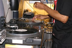 pict2444.jpg (MAWSpitau) Tags: dj turntable deejay hht hamburghousetunez crazycuts