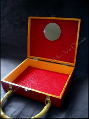 Inside Handmade Cat Cigar Box Purse (Jane (on break)) Tags: red yellow gold mirror diy handmade craft felt gift swirls crafty purses cigarbox bamoo janediamond cigarboxpurse artmewvodesigns handmadecigarboxpurse bamboopursehandle
