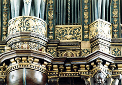 Lbeck, Schleswig-Holstein, Jacobikirche, large organ, Rckpositiv, detail (groenling) Tags: face gesicht pipe carving organ lbeck orgel grotesque schleswigholstein pfeife hansestadt jacobikirche schnitzereien rckpositiv