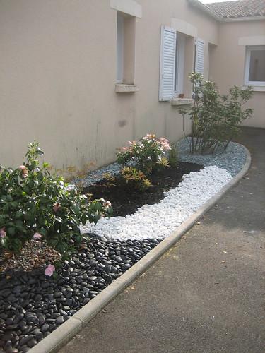 Du japon dans un jardin phase 2 2 suite galets gris - Jardin avec galets blancs ...