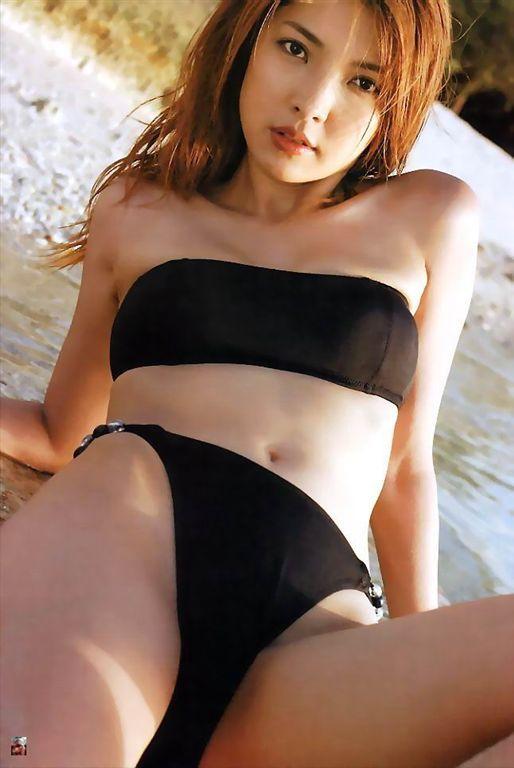 Akane souma bikini