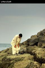 إلا صلاتي (Hussain Shah.) Tags: clouds d50 nikon praying sigma kuwait fahaheel الصلاة الكويت صلاة صخور الكوت 28108mm kuwaitimuwali الفحاحيل alkoutbeach كويتيمواليسجود