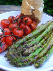 Vine Tomatoes and Asparagus