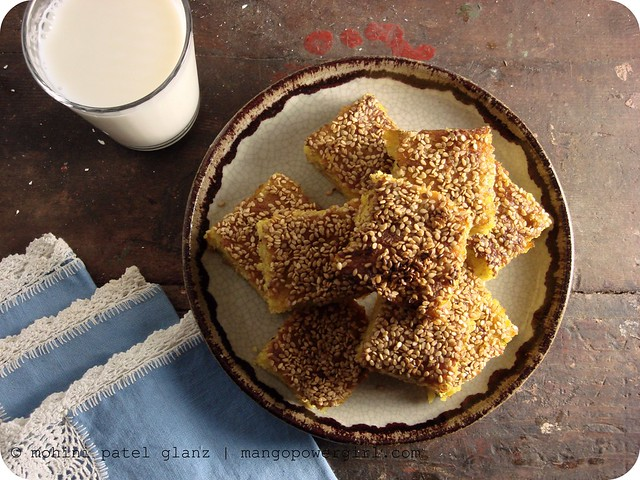 handvo - indian tea cake