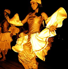Golden Shimmy (Musical Mint) Tags: show woman girl female gold golden dance costume feminine performance dancer bellydance shimmy musicalmint