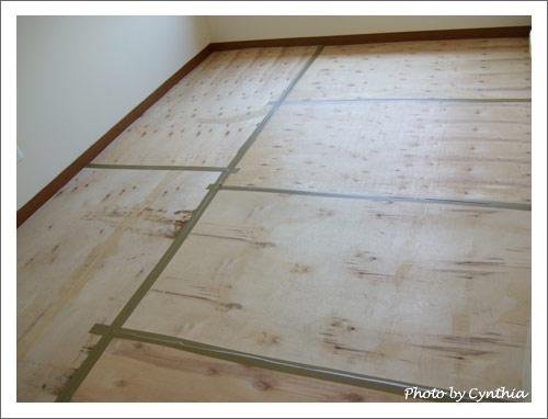 地板做好三層保護