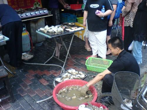 Preparing Oysters