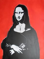 Mona l-i-pod  - stencil art - Kriebel (_Kriebel_) Tags: art graffiti pod stencil ipod belgique lisa mona canvas kris belgica schablone kriebel blomme streetartbelgium belgin kriebelized
