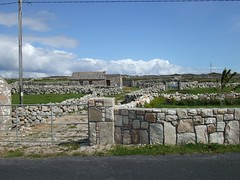 DSCF1219.jpg (sittinginfrontofseurat) Tags: abbey connemara kylemore