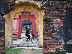 Forbidden City - Hue, Vietnam (Maciej Dakowicz) Tags: travel sea people woman colors bicycle asia palace vietnam hue gtaggroup goddaym1