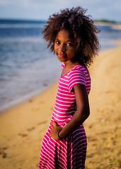 Tamika (02_0016) (ronnie.savoie) Tags: africanamerican black noir negra woman mujer chica muchacha girl pretty guapa lovely hermosa browneyes ojosnegros brownskin pielcanela portrait retrato model modelo modèle smile sonrisa sandybay roatan roatán honduras hondureña catracha bayislands islasdelabahía diaspora africandiaspora